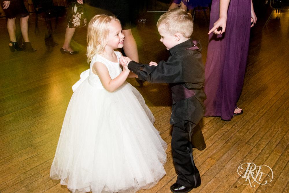 Bri & Erik - Minnesota Wedding Photographer - Kellerman's Event Center - RKH Images - Blog (50 of 51).jpg