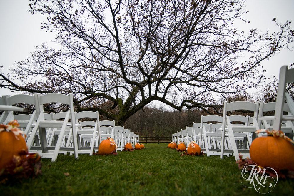 Amanda & Luke - Minnesota Wedding Photography - Mayowood Stone Barn - Rochester - RKH Images - Blog (11 of 67).jpg