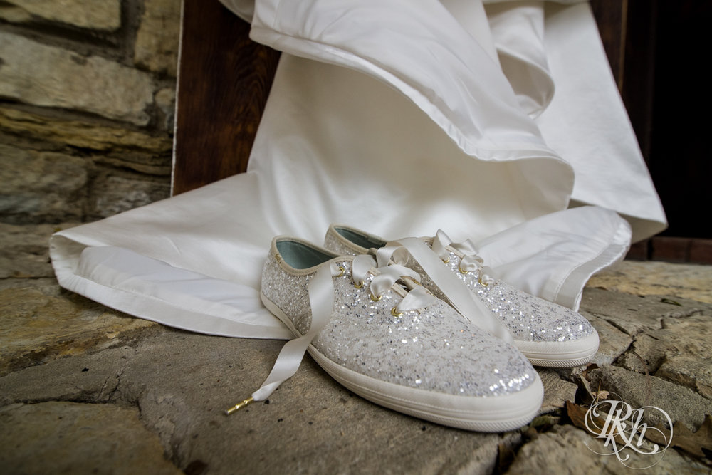Amanda & Luke - Minnesota Wedding Photography - Mayowood Stone Barn - Rochester - RKH Images - Blog (26 of 67).jpg