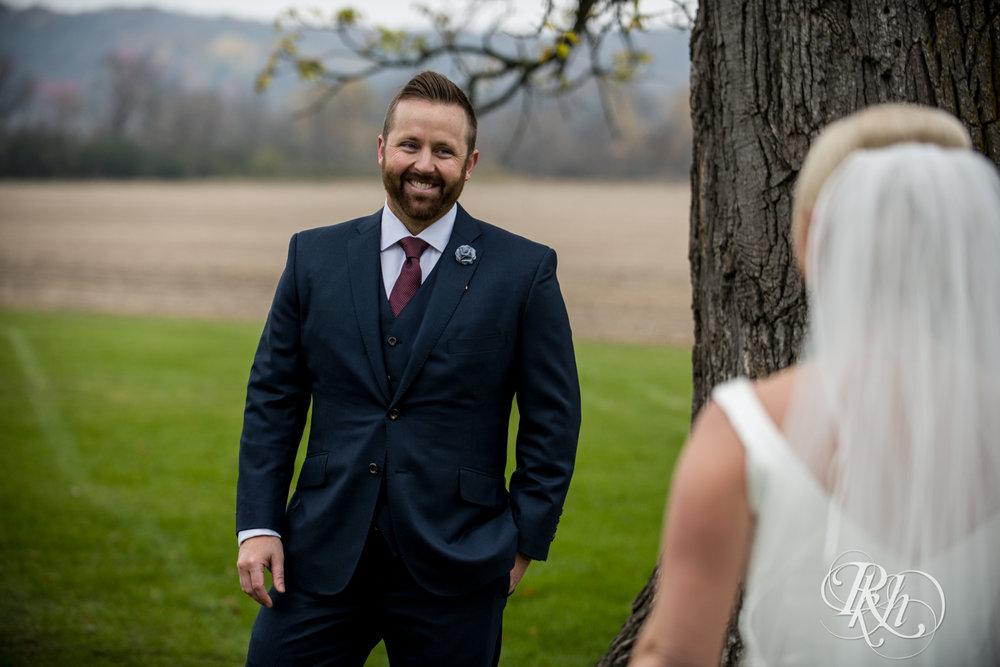 Amanda & Luke - Minnesota Wedding Photography - Mayowood Stone Barn - Rochester - RKH Images - Blog (29 of 67).jpg