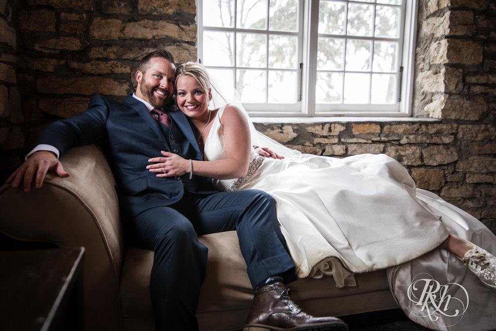 Amanda & Luke - Minnesota Wedding Photography - Mayowood Stone Barn - Rochester - RKH Images - Blog (39 of 67).jpg