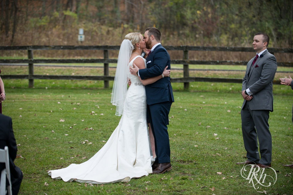 Amanda & Luke - Minnesota Wedding Photography - Mayowood Stone Barn - Rochester - RKH Images - Blog (51 of 67).jpg