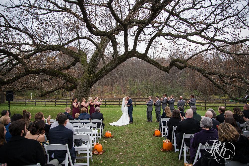 Amanda & Luke - Minnesota Wedding Photography - Mayowood Stone Barn - Rochester - RKH Images - Blog (52 of 67).jpg