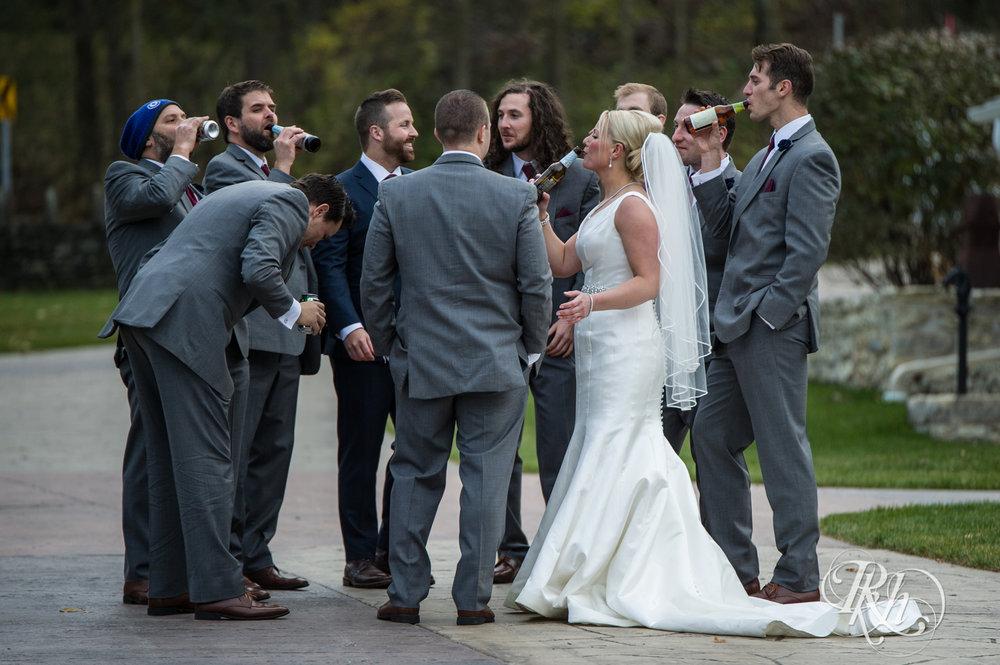 Amanda & Luke - Minnesota Wedding Photography - Mayowood Stone Barn - Rochester - RKH Images - Blog (58 of 67).jpg