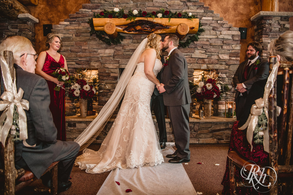 Katie & Arik - Minnesota Wedding Photography - Whitefish Lodge - Cross Lake - RKH Images - Blog (49 of 67).jpg
