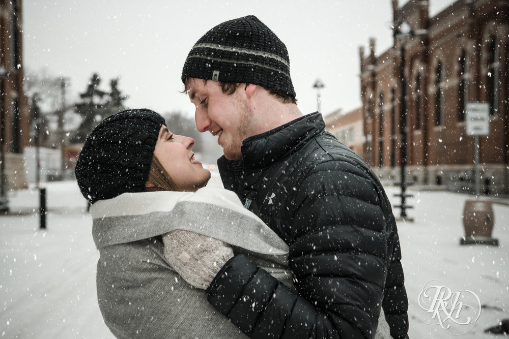 Makayla & Drew - Minnesota Winter Engagement Photography - St. Paul - RKH Images - Blog (16 of 18).jpg