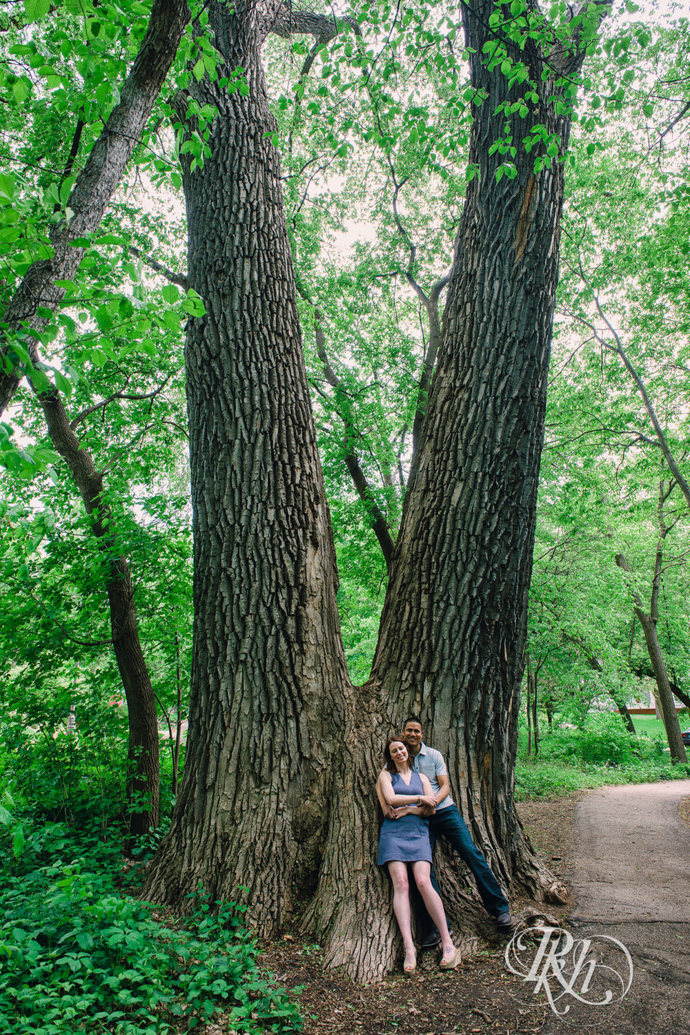 Tess and Eric - Lyndale Rose Garden - Minnesota Engagement Photography - RKH Images  (3 of 12).jpg