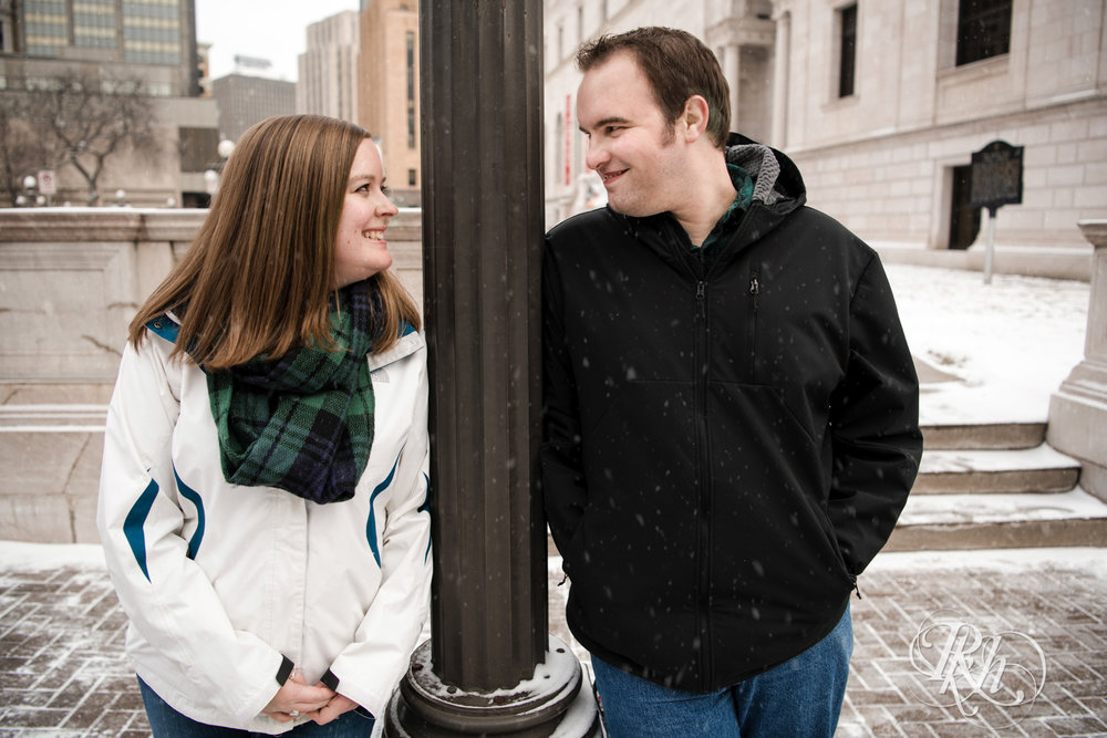 Erin and Tim - Minnesota Engagement Photography - Saint Paul Winter Carnival - RKH Images - Blog (7 of 14).jpg