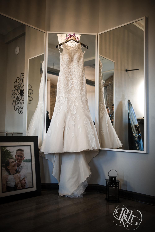 Jillian & Jared - Minnesota Wedding Photography - Lumber Exchange Event Center - RKH Images - Blog (8 of 87).jpg