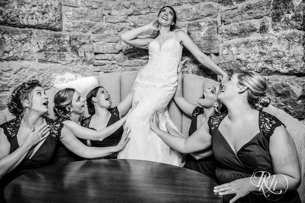 Jillian & Jared - Minnesota Wedding Photography - Lumber Exchange Event Center - RKH Images - Blog (36 of 87).jpg