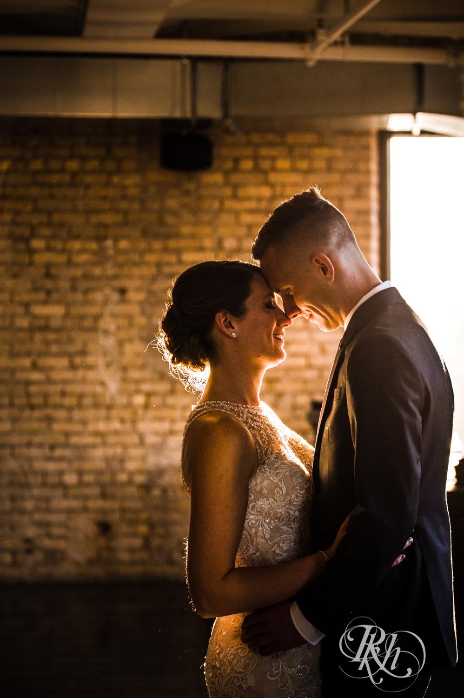 Jillian & Jared - Minnesota Wedding Photography - Lumber Exchange Event Center - RKH Images - Blog (39 of 87).jpg