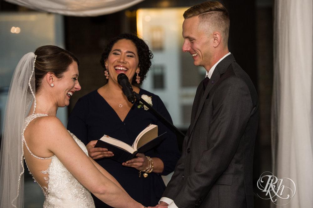 Jillian & Jared - Minnesota Wedding Photography - Lumber Exchange Event Center - RKH Images - Blog (43 of 87).jpg