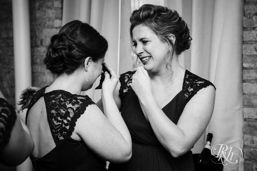 Jillian & Jared - Minnesota Wedding Photography - Lumber Exchange Event Center - RKH Images - Blog (48 of 87).jpg