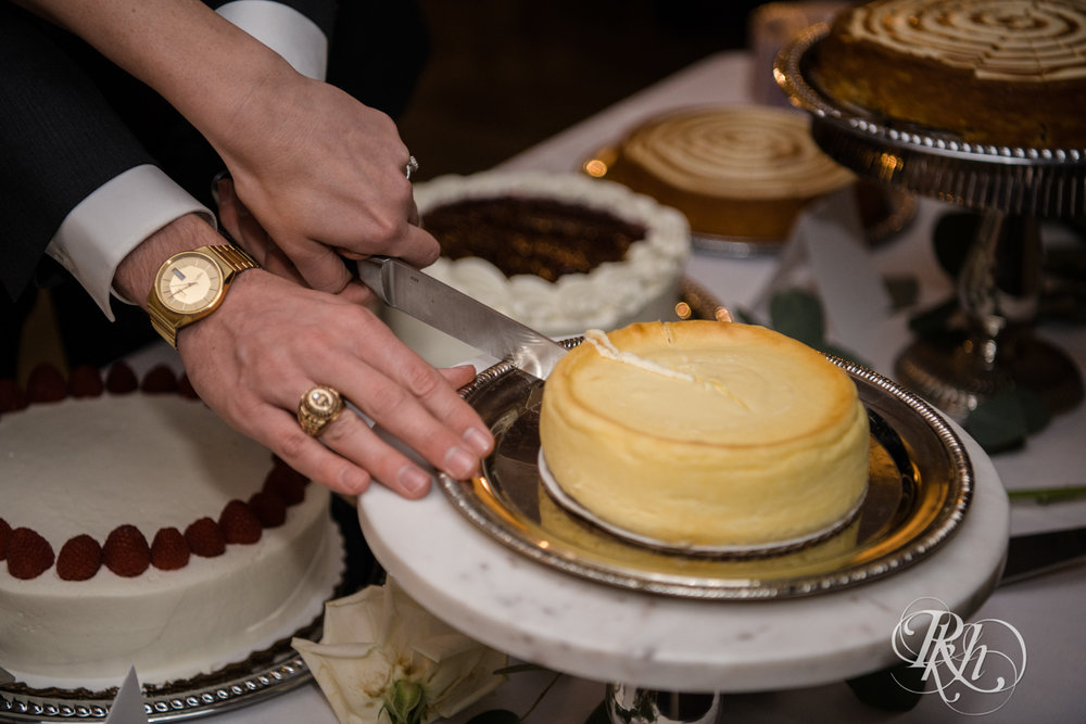 Jillian & Jared - Minnesota Wedding Photography - Lumber Exchange Event Center - RKH Images - Blog (70 of 87).jpg