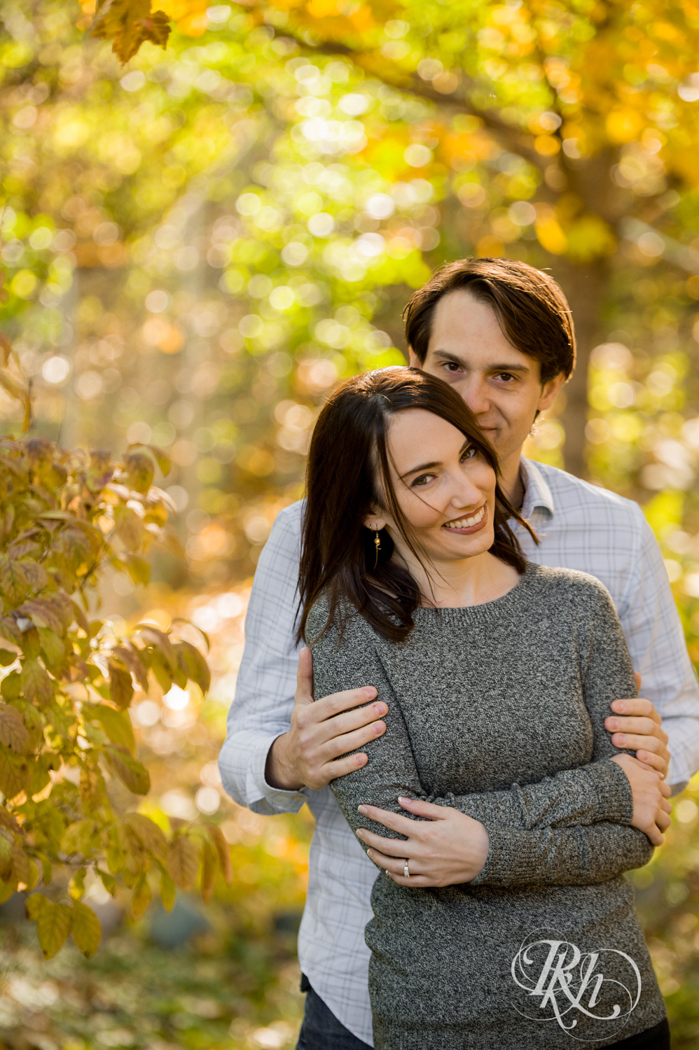 Kat and Aaron - Minnesota Engagement Photography - In Home Engagement Session - RKH Images - Blog  (9 of 14).jpg