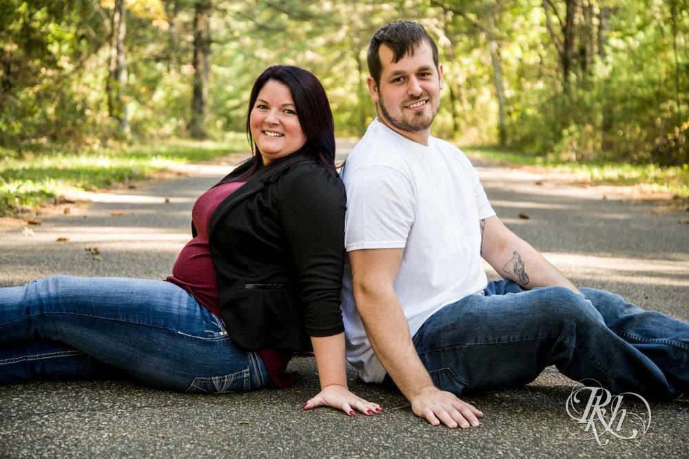 Lea & Robert - Minnesota Engagement Photography - Milawaukee, Wisconsin - RKH Images - Blog  (9 of 12).jpg