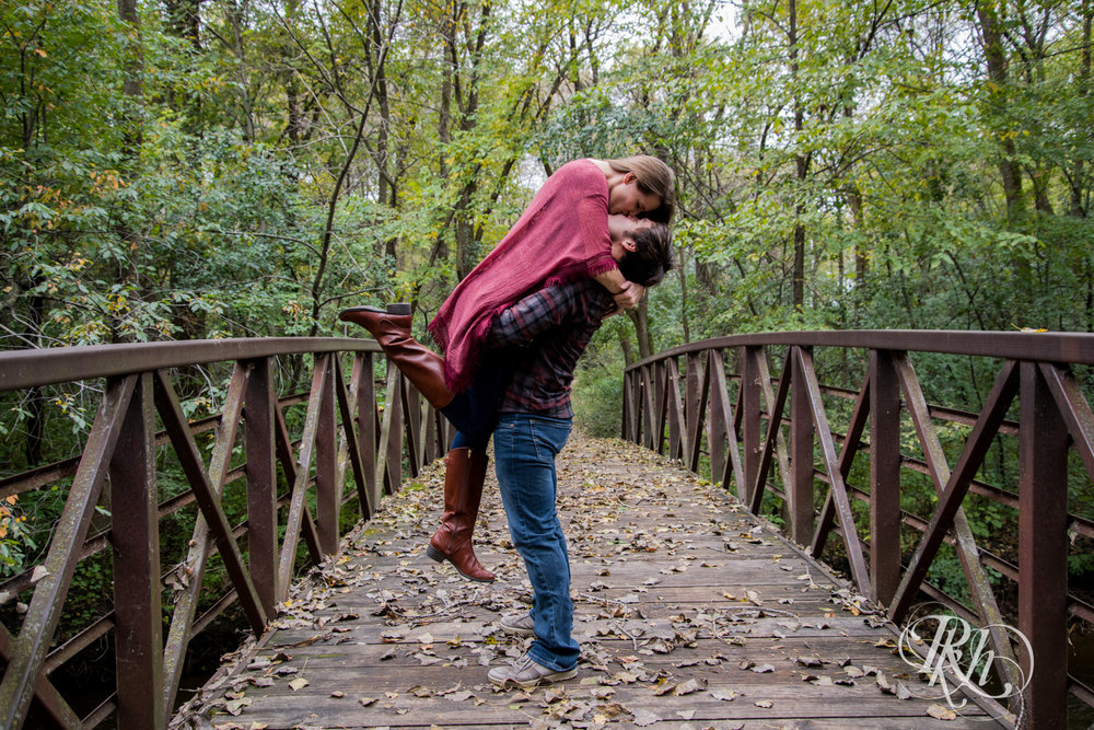 Katie & Brian - Minnesota Engagement Photography - Cosplay - RKH Images - Blog  (2 of 20).jpg