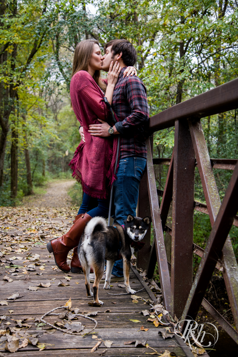 Katie & Brian - Minnesota Engagement Photography - Cosplay - RKH Images - Blog  (4 of 20).jpg
