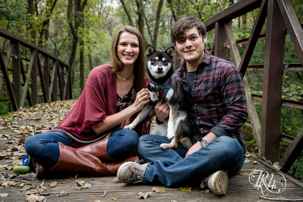 Katie & Brian - Minnesota Engagement Photography - Cosplay - RKH Images - Blog  (9 of 20).jpg