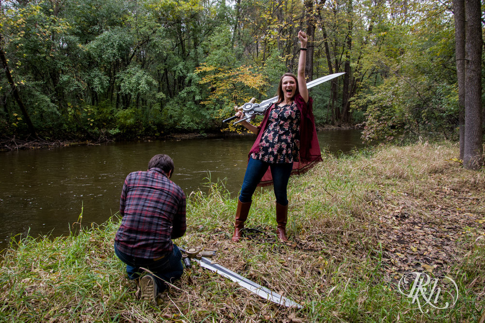 Katie & Brian - Minnesota Engagement Photography - Cosplay - RKH Images - Blog  (15 of 20).jpg