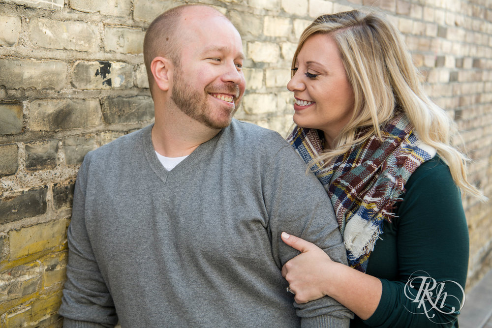 Shannon & Brian - Minnesota Engagement Photography - Loring Park - RKH Images - Blog  (4 of 16).jpg