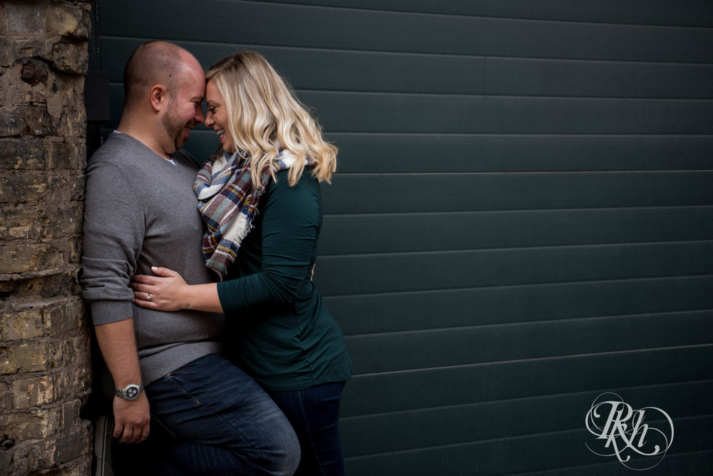 Shannon & Brian - Minnesota Engagement Photography - Loring Park - RKH Images - Blog  (10 of 16).jpg
