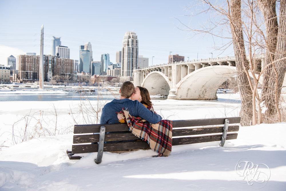 Theresa & Zak - Minnesota Engagement Photography - Saint Anthony Main - RKH Images - Blog (11 of 13).jpg