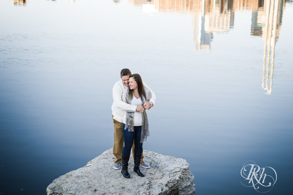 Jolene & Mike - Minnesota Engagement Photography - Sunrise - Stone Arch Bride and St. Anthony Main - RKH Images  (7 of 12).jpg