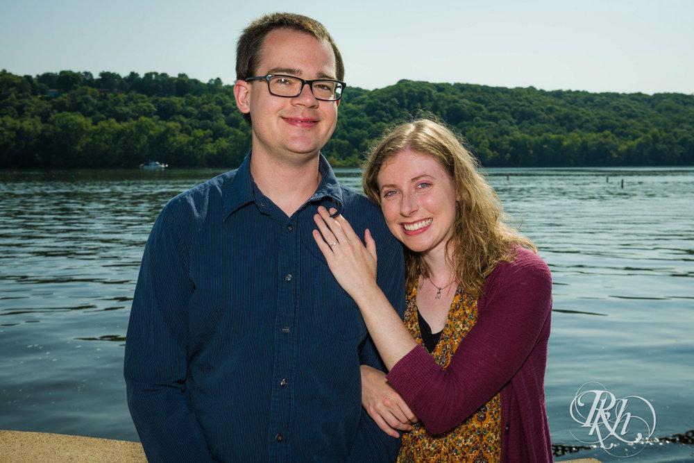 Lauren & Jake - Minnesota Engagement Photography - Stillwater, Minnesota - RKH Images - Blog  (1 of 12).jpg
