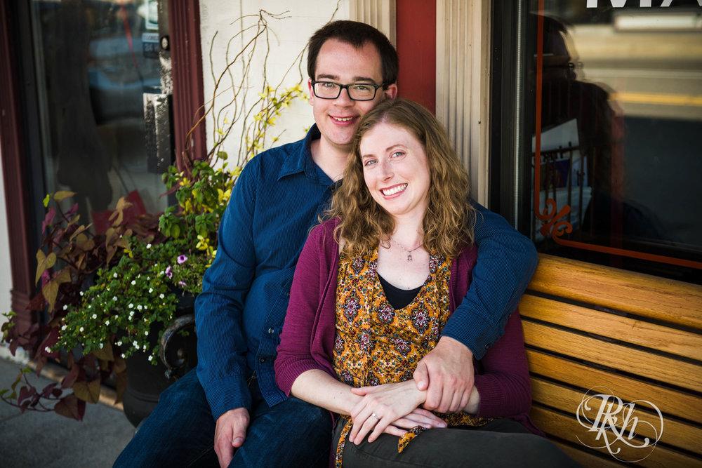 Lauren & Jake - Minnesota Engagement Photography - Stillwater, Minnesota - RKH Images - Blog  (6 of 12).jpg
