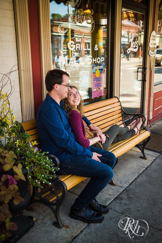Lauren & Jake - Minnesota Engagement Photography - Stillwater, Minnesota - RKH Images - Blog  (7 of 12).jpg