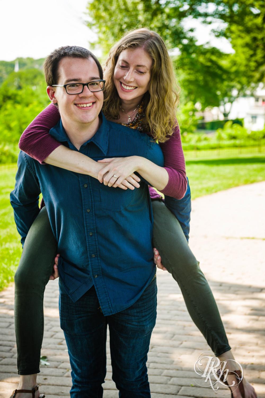 Lauren & Jake - Minnesota Engagement Photography - Stillwater, Minnesota - RKH Images - Blog  (10 of 12).jpg