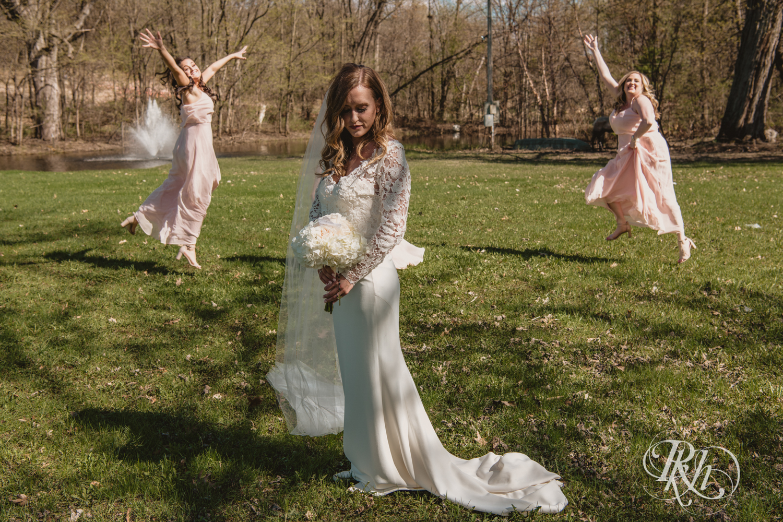 Nicole and Alex - Minnesota Wedding Photography - Minnesota Horse and Hunt Club - RKH Images - Blog  (20 of 54).jpg