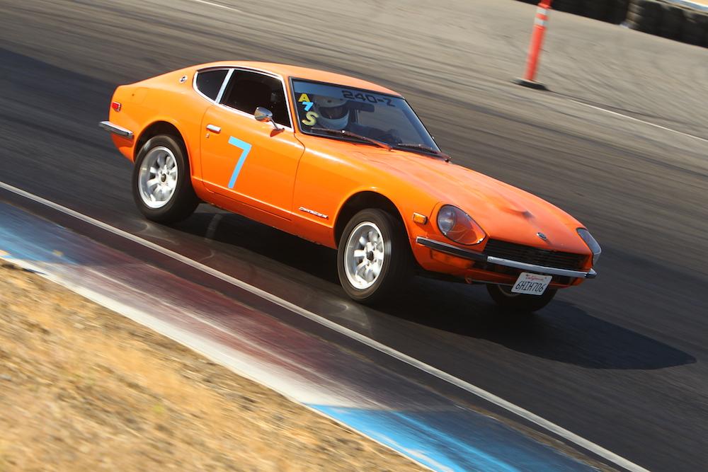 Kanga Motorsports 1972 Datsun 240z Thunderhill Raceway Turn 14 1000px.jpg