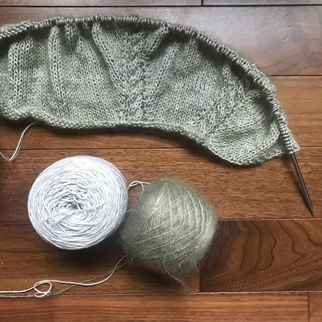 I can't help myself!  I have a cast on problem!  I've started my own Iskald and don't want to put it down! . I'm using Well Rounded in Ghost and Sugar Spun in Lichen.  Absolutely loving the subtle celery green tone. . #knitstagram #mohairyarn #knitting #knittersofinstagram #fiberandhue #yarn #handdyedyarn #iskaldsweater #boylandknitworks