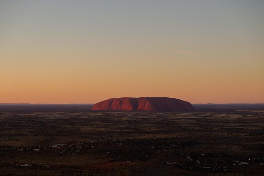 Uluru-7090.jpg