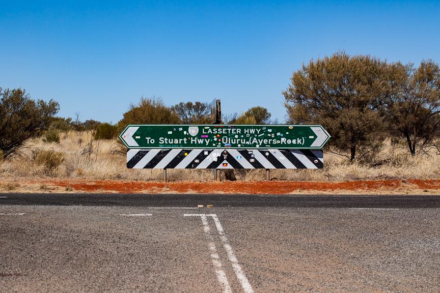 Uluru-9660.jpg