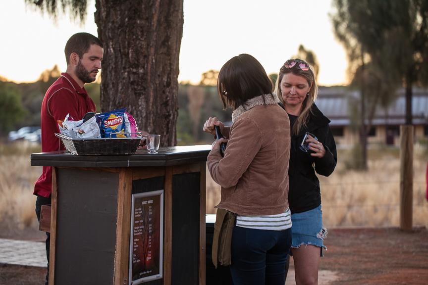 Uluru-9677.jpg