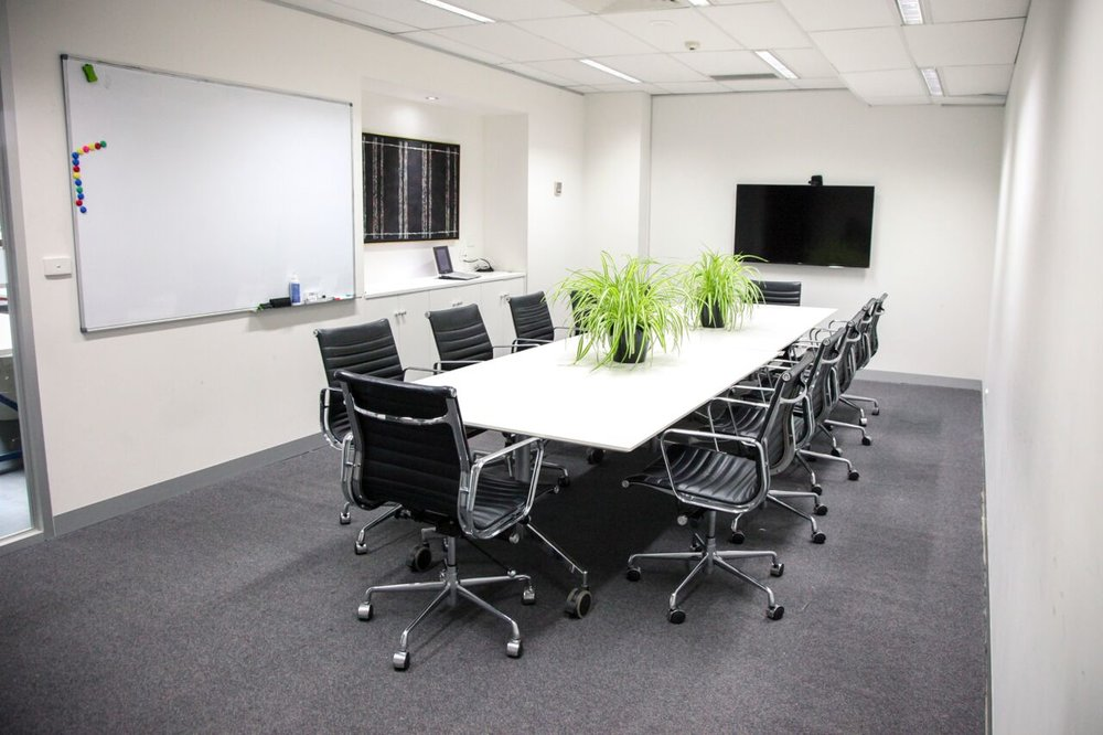NIKOLA - Capacity: 12 peopleFeatures: Large projection screen, apple tv, whiteboard, board room chairs