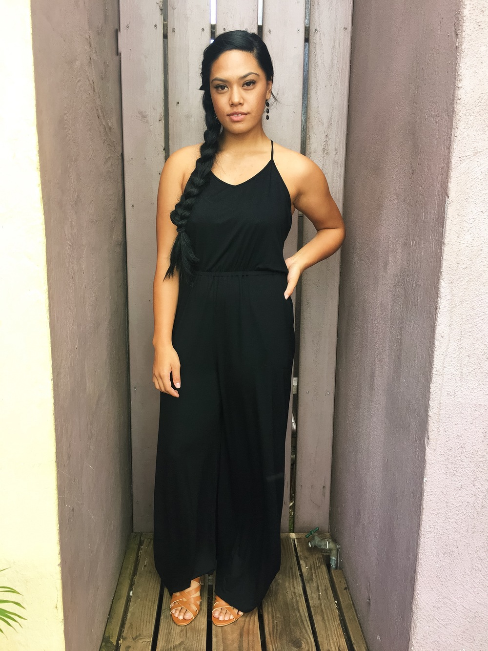 First date, blind date, or date night, girl we got you! This jumpsuit is everything a girl wants for a night out, sexy AND comfortable. Who knew jumpsuits could give us that?