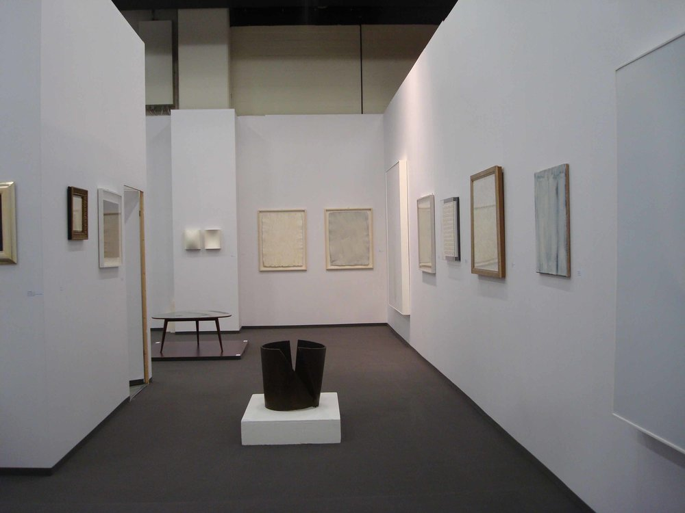 Stand White meditation room di Galleria Grossetti ad Art Cologne 2011_2.jpg