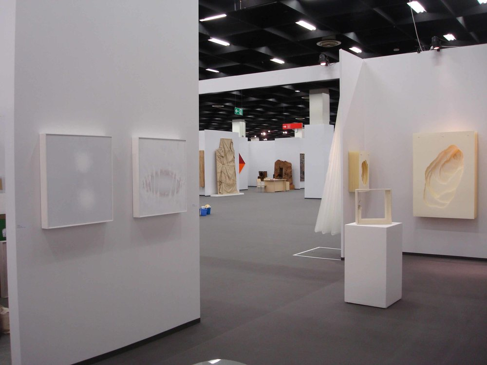 Stand White meditation room di Galleria Grossetti ad Art Cologne 2011.jpg