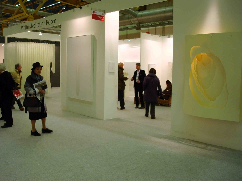 Stand White meditaion room ad artefiera2011.jpg