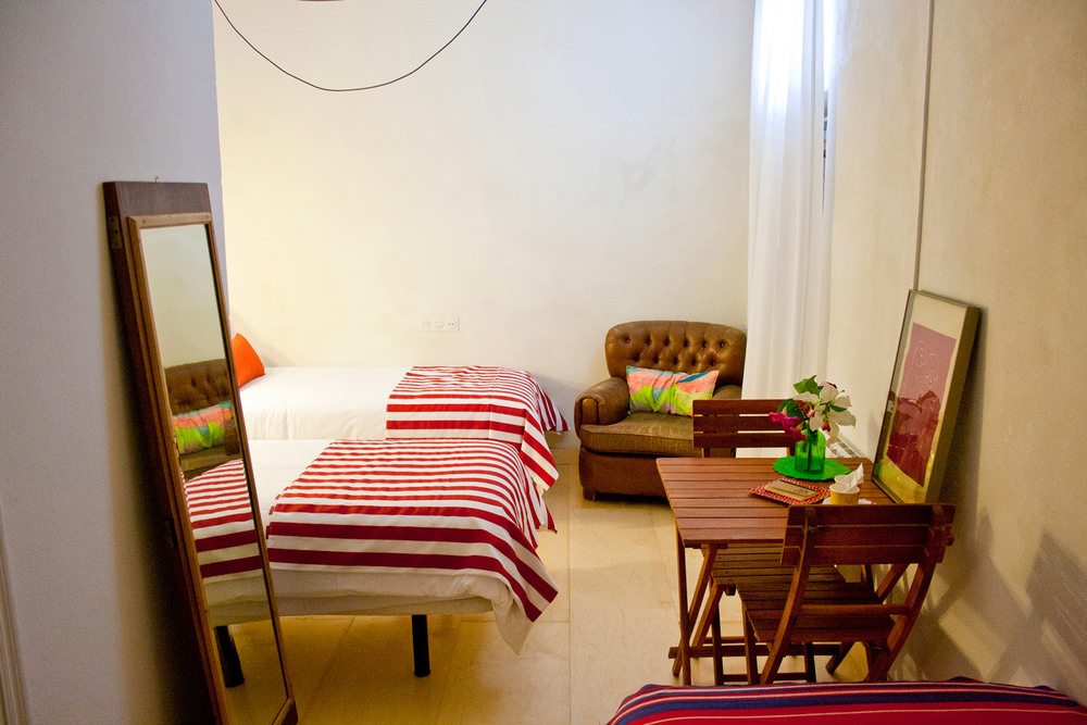 Hotel-Casa-de-Huespedes-Santa-Maria-Habitacion-5-1.jpg