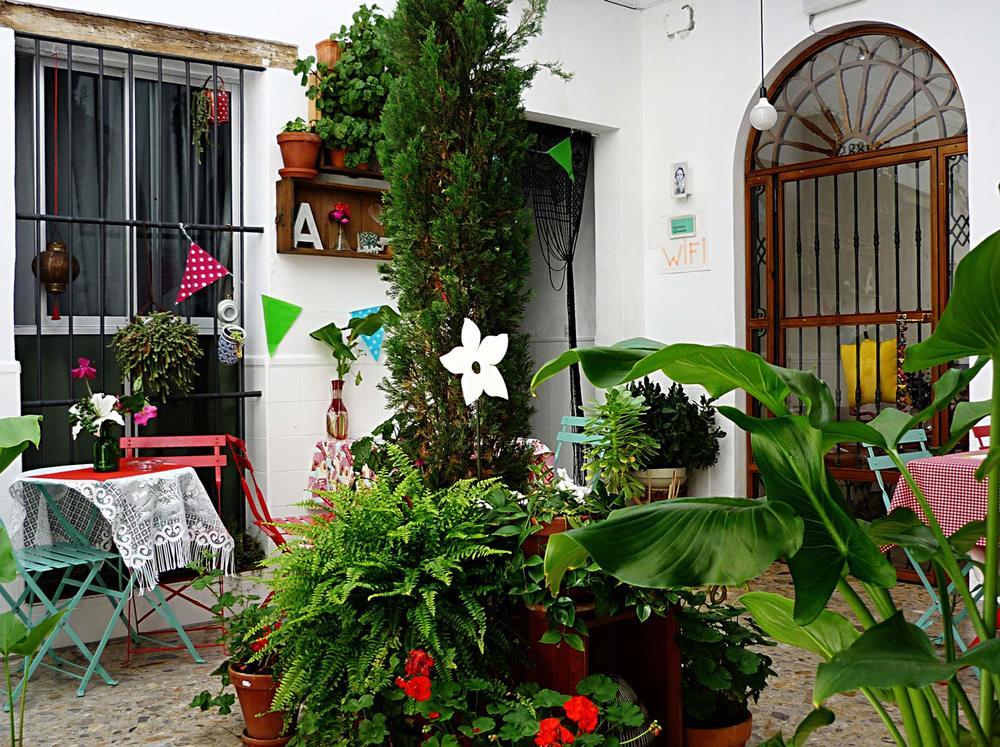 Hotel-Casa-de-Huespedes-Santa-Maria-Patio-2.jpg