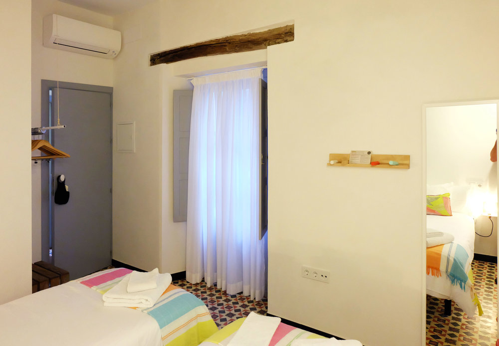 Hotel-Casa-de-Huespedes-Santa-Maria-Habitacion-2-4.jpg