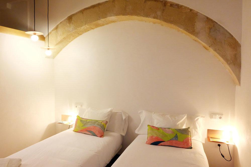 Hotel-Casa-de-Huespedes-Santa-Maria-Habitacion-2-6.jpg