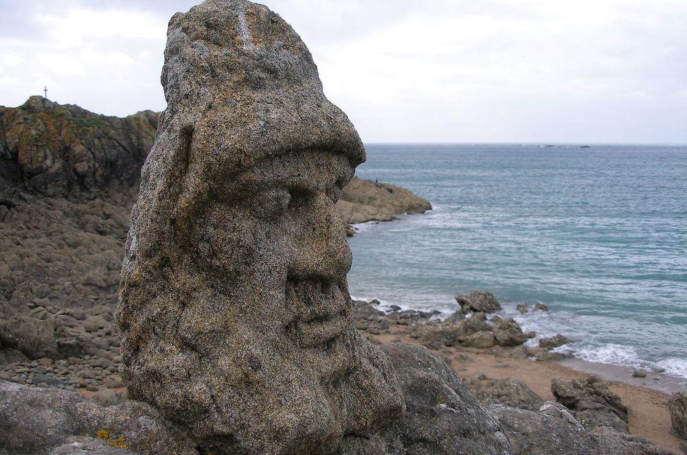 Rothéneuf03-rochers_sculptés.jpg