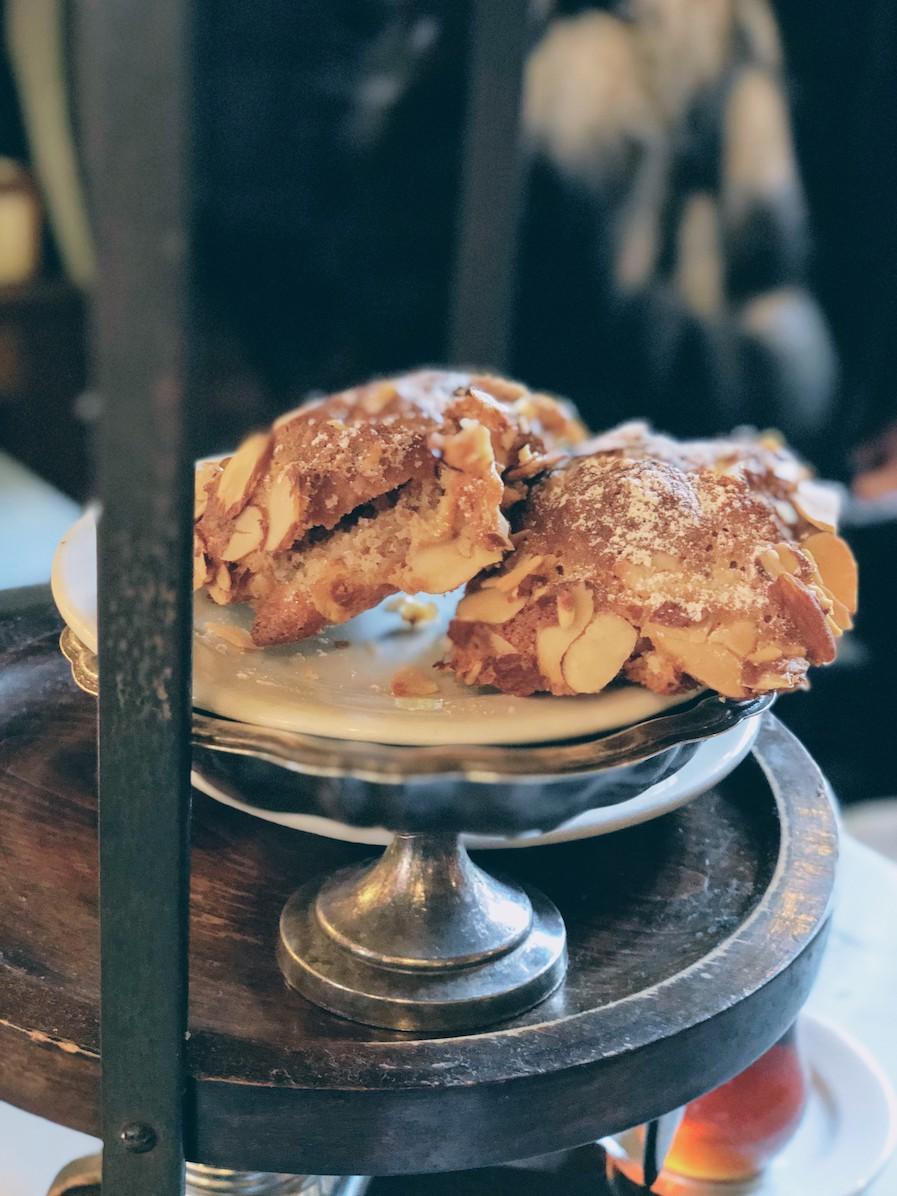 Croissant aux amandes - delicious!
