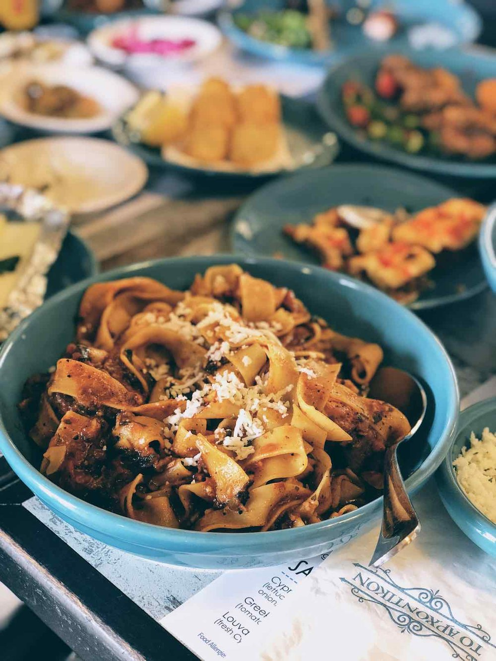 Tomato sauce rooster with tagliattelle